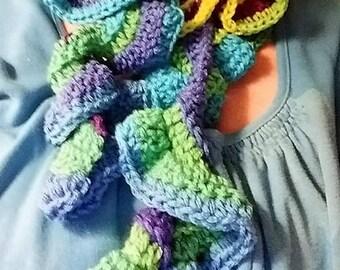 Curlique scarf, Ruffled scarf, Ruffled crochet scarf, Crocheted scarf,