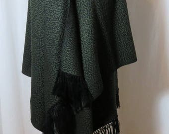 Made to Order Shawl, Custom Hand Woven Shawl in Soft Wool, Dark Green and Black Wrap, Oversize Scarf, Bespoke Shawl