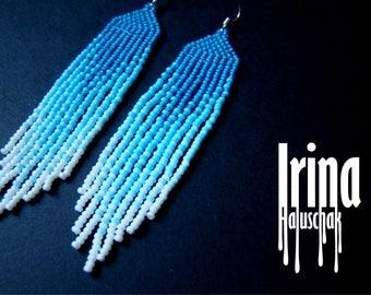 Gradient blue beaded earrings, seed bead earrings, gradient from blue to white earrings, boho earrings, bead earrings, fringe earrings