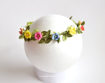 Easter photo props - Spring baby halo - Newborn Photo Prop - Floral crown - Flower baby crown - Newborn props -Spring baby hair wreath