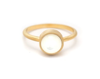 Pearl in Yellow Gold Ring - 18k Gold Vermeil - Bezel Set - Sizes 4.5, 5, 5.5, 6, 6.5, 7, 7.5, 8, 8.5, 9, 9.5 and 10