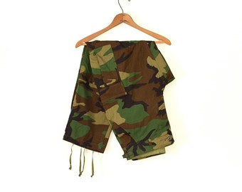 Vintage Camouflage Pants - 90s Nato Khaki Camo Pants - Rip Stop Army Pants - Punk Grunge Rocker Camo Pants