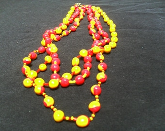 colorful and original necklace red and yellow