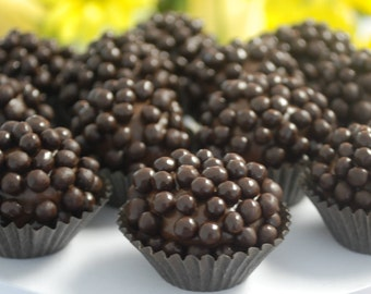 108x Brigadeiro Truffles  made with Gourmet Chocolate, Crispypearls, Edible gift, Handmade Chocolate candy, Gluten-Free