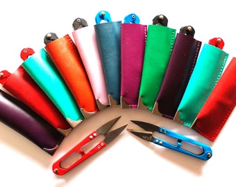 Snips, scissors, cutters in soft leather pouch. A great little tool, beautifully presented in a top quality full grain leather pouch
