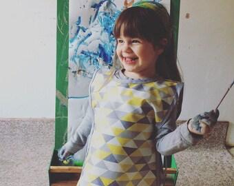 Yellow & Grayscale Waterproof Preschool Art Smocks