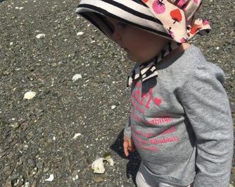 Seaside Bonnet, reversible baby bonnet, sun bonnet, modern bonnet, sunhat, baby girl sun hat, toddler hat, strawberry bonnet, black & white