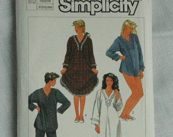 Vintage nightwear pattern, Simplicity 7184, pajamas and nightgown, size 36 to 38 inch bust, 1985,