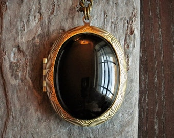 Onyx locket, oval gemstone locket, large locket necklace, black locket, antique brass locket, long necklace, holiday gift ideas