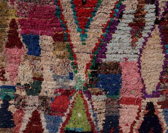 Boucherouite Rug Moroccan Rug Vintage Rug (Red Diamond)