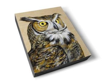 Owl painting - wildlife wood grain art - great horned owl art