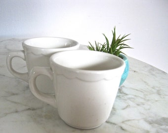 Lot Retro Diner Cups x2 • Buffalo China Company • Cream Color Scalloped Trim