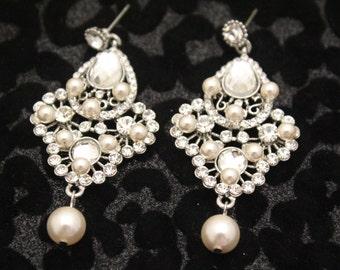 Wedding Earrings Pearl,Brides Earrings,Bridal Earrings chandelier,Drop Earrings,Bridesmaid earrings,Pearl earrings wedding earrings studs
