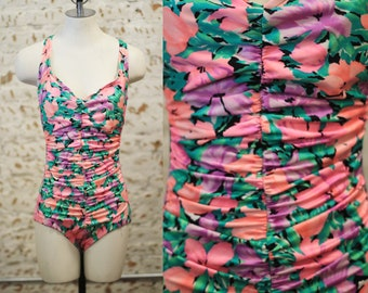 Vintage 1980s 90s medium Catalina ruched tropical floral one piece swimsuit / bathing suit / bather / swimwear / pastel