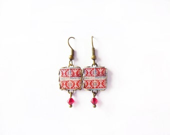 Floral tile Earrings with vintage drawings.Red, white. Herbal earrings. Arabesque.