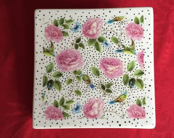 Trivet, romantic decor flowers and birds