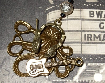 Octopus Rock Star Necklace, Guitar Player Octopus Necklace, Large Bronze Octopus Pendant, Gift for Musician, Quirky Jewelry for Guitarist