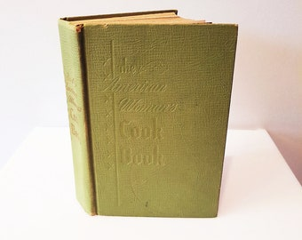 Vintage 1953 The American Woman's Cook Book, 856 Pages