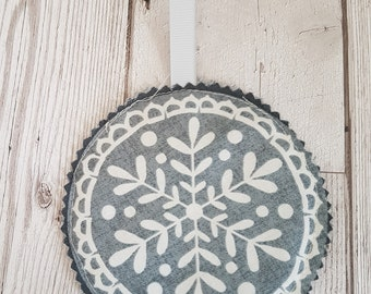 Scandi Christmas decoration, hanging tree decoration, snow flake, quilted