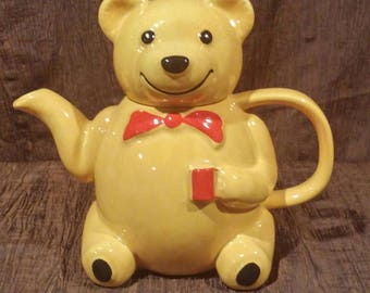 Price & Kensington vintage Teddy Bear teapot, free shipping