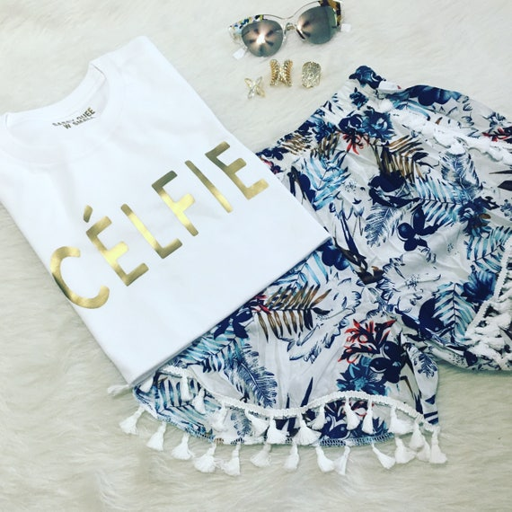 Celfíe / Statement Tee / Graphic Tee / Graphic Tshirt / Graphic Tshirt / T shirt