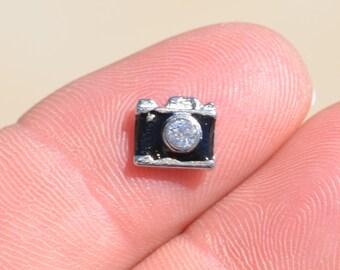 1 Memory Locket Tiny Camera Charm FL229