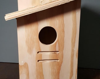 Plywood Birdhouse with Hinge, Outdoor Sanded Plywood Hinged Birdhouse
