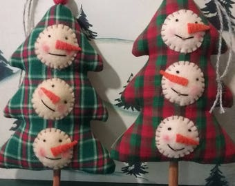Puffy Snowman Heads On A Christmas Tree Ornament ~ Primitive Folk Art ~ Collectible ~ Christmas Ornament