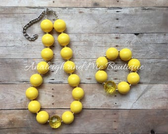 Yellow Chunky Necklace, Yellow Toddler Necklace, Yellow Necklace, Yellow Baby Necklace, Simply Yellow, Girl's Yellow Necklace
