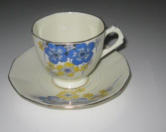 PLANT TUSCAN CHINA. Made in England.  Blue/Yellow Flowers c. 1936-1947