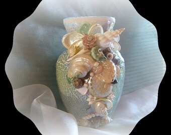 Beachy Elegance Seashell Vase