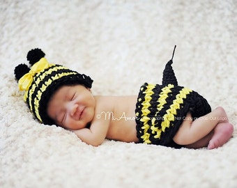 Can you buzz.... Little bumblebee hat  removable yellow bow and  matching diaper cover with stinger