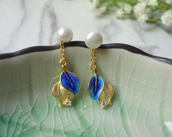 Natural pearl cloisonne tree leaves with the zircon earrings 0324
