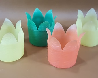 Set of 4 Dapol Plastics tulip tiki cup holders