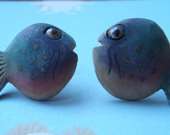 Vintage handmade and hand-painted wooden tropical fish earrings with screw back