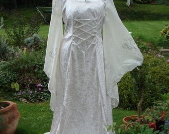 Handfasting dress etsy high collar ivory fairy medieval renaissance pagan handfasting junglespirit Gallery
