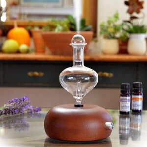 Aromatherapy Diffuser Wood and Glass (Orbis Nox Eros)