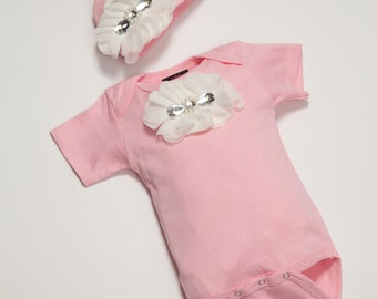 Baby Girl Pink One Piece Set Short Sleeve Set with  Chiffon Flowers and Rhinestones