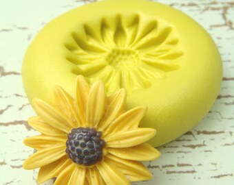 Black Eyed Susan Flower - Flexible Silicone Mold - Jewelry Mold, Polymer Clay Mold, Resin Mold, Craft Mold, PMC Mold