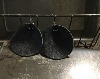Large Black Curvin Drive Pebbled Leather Earrings