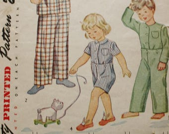 1940s Vintage Simplicity Sewing Pattern 2040 Baby Girls & Boys Pajamas Size 4