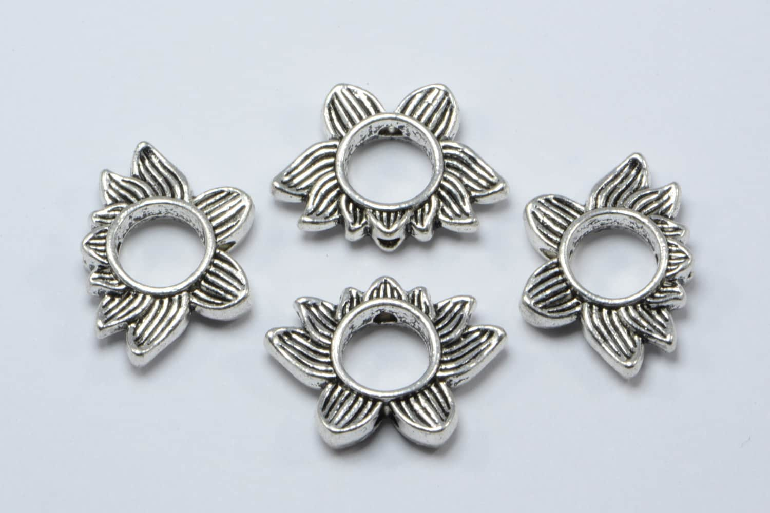 30pcs Lotus Flower Beads With Inner Slot For Beads In Antique
