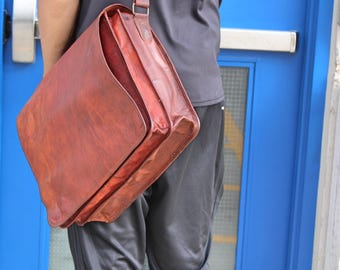 """16"""" Messenger Bag, Double Compartment, Leather, Naturally Tanned, Vintage Style, Bohemian style"""