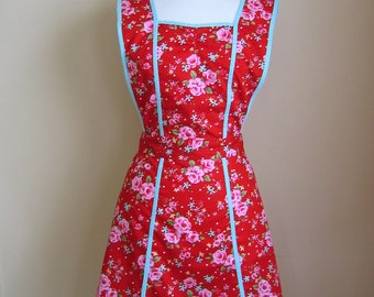 Retro Apron/1940s Style Apron/ Vintage Style Apron/Apron/Womens Apron/ Red Apron/Floral Apron/ Cotton Apron/ Womens Apron/Panelled Apron