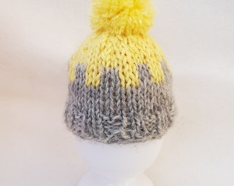 Egg cosy - Yellow Top