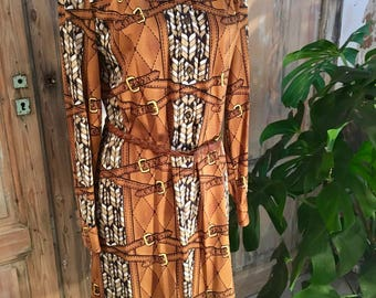 Chic seventies polo dress