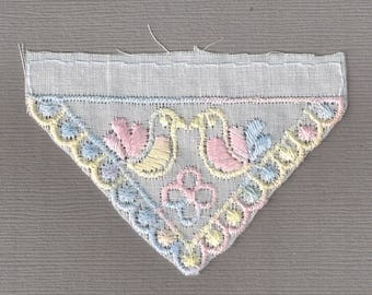 5 x Broderie sew in Motif 75x50mm Multi Doves on White