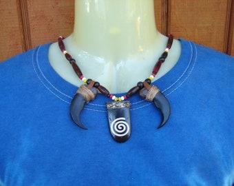 Native American Bear Claw Necklace, Replica Bear Claw Bone Choker,  4 Direction