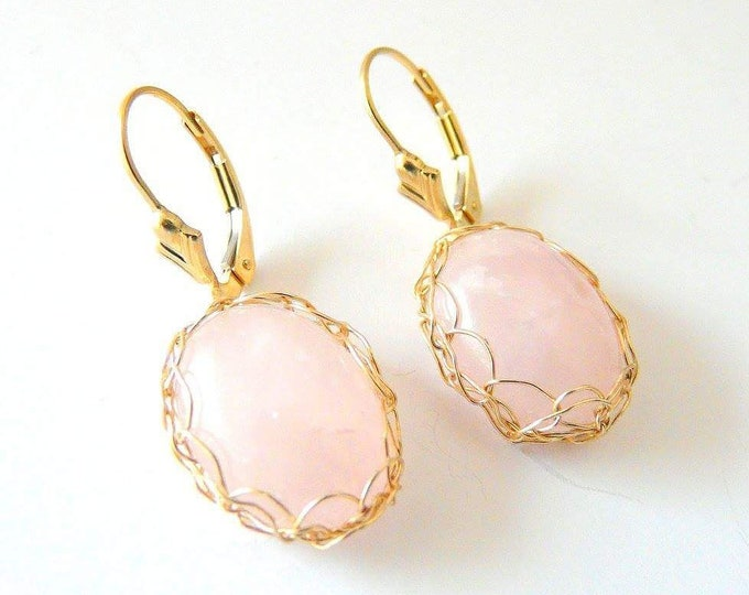 Featured listing image: Boucles d'oreilles dormeuses Quartz rose plaqué or made in France.