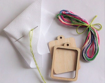 Kit DIY frame embroidery set, pendant mini frame set, embroidery frame set , wood mini frame kit, mini frame, mini wood frame, pendant